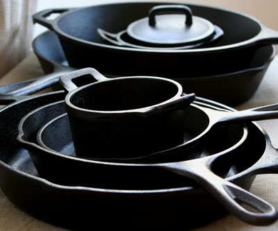 cast-iron-pans400