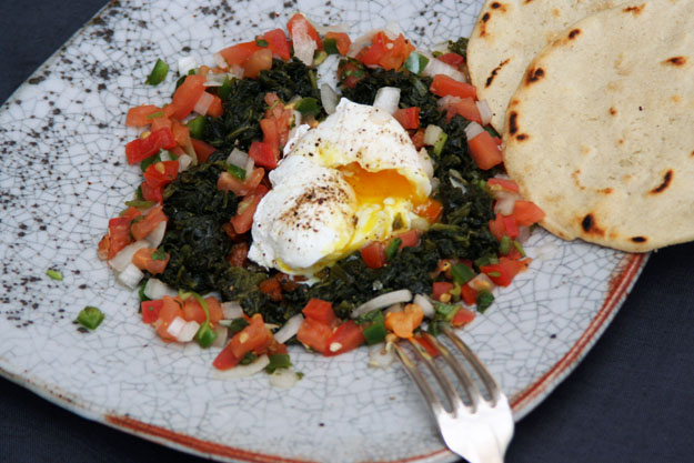 egg salsa spinach625