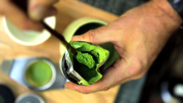how to make frothy matcha